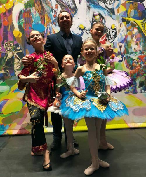 балетное выступление в париже
